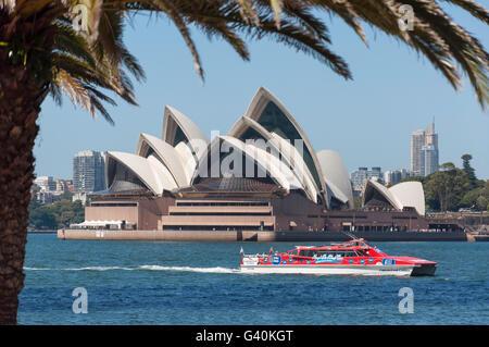 Sydney Opera House von Milsons Point, Sydney, New South Wales, Australien - Stockfoto