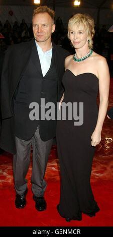 Sting und seine Frau Trudie Styler kommen für die Orange British Academy Film Awards im Odeon-Kino am Londoner Leicester Square an.