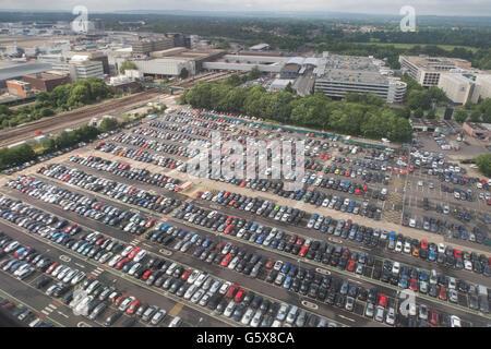 London Gatwick Flughafen-Parkplatz - Stockfoto