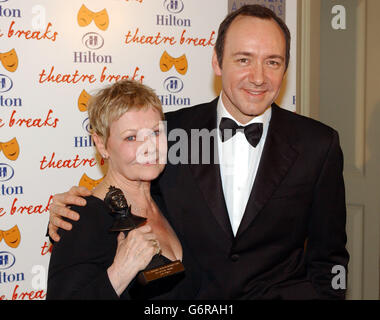 Judi Dench Olivier Awards 2004 - Stockfoto