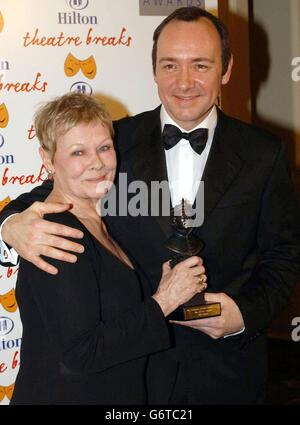 Judi Dench - Olivier Awards 2004 - London Hilton - Stockfoto