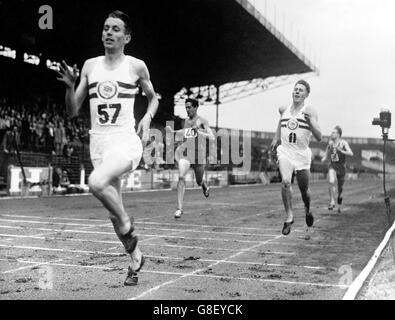 Leichtathletik - Frankreich / Großbritannien - Männer 800m - Stade Olympique - Stockfoto