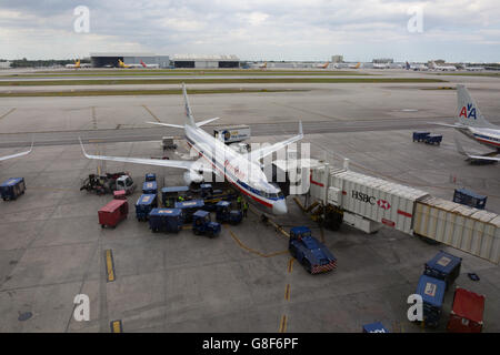 American Airlines Jet am Flughafen Miami - Stockfoto