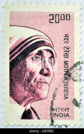 Indien - CIRCA 2008: Eine Briefmarke gedruckt in Indien zeigt Mutter Teresa von Kalkutta, ca. 2008 - Stockfoto