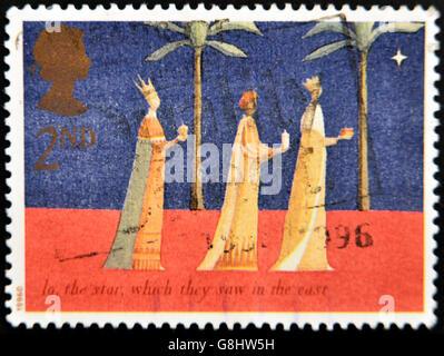 Vereinigtes Königreich - CIRCA 1996: Eine Briefmarke gedruckt in England, zeigt die Heiligen drei Könige folgen - Stockfoto