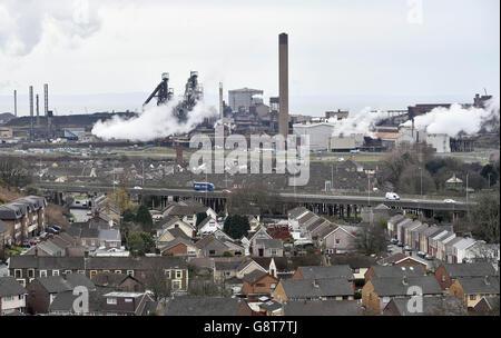 Das größte Stahlwerk Großbritanniens in Port Talbot, Südwales, das die indischen Eigentümer Tata verkaufen möchten. Stockfoto