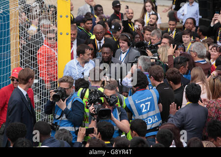 London, UK. 30. Juni 2016. Fußball-Legende Edson Arantes do Nascimento besser kennen als Pele, machen den Future - Stockfoto