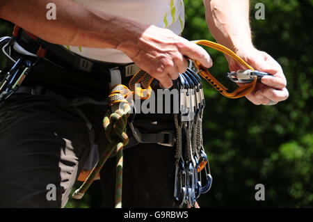 Kletterausrüstung Englisch : Kletterausrüstung quickdraw expressschlingen klettern kabelbaum