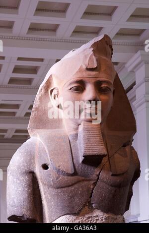 Statue von Ramses II., 1270 v. Chr., Theben, das British Museum, London, UK - Stockfoto