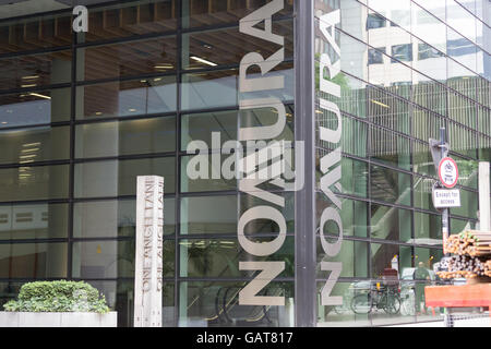 Investmentbank Nomura, One Angel Lane - Stockfoto