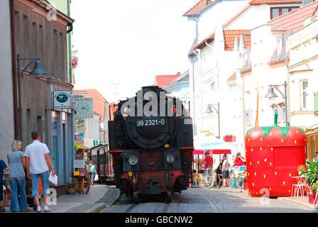 Sommer, Seebad, Bad Doberan, Baederbahn, Molli, Mecklenburg-Vorpommern, Deutschland / Bäderbahn