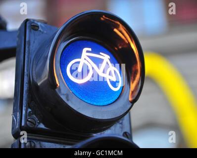 Fahrrad-Symbol in der Stadt-Ampel - Stockfoto