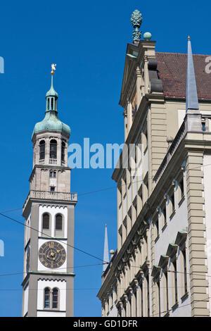 Perlach-Turm und die Fassade des Rathauses, Augsburg, Bayern - Stockfoto