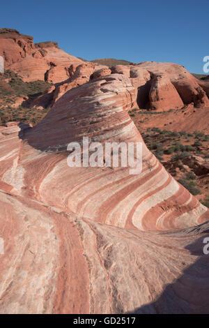 Die Fire Wave, Valley of Fire, in der Nähe von Las Vegas, Nevada, Vereinigte Staaten von Amerika, Nordamerika - Stockfoto