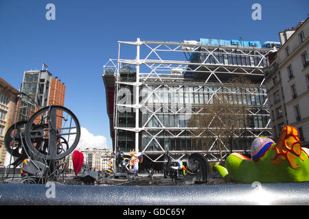 Paris, Centre Pompidou, Tinguely-Brunnen - Stockfoto