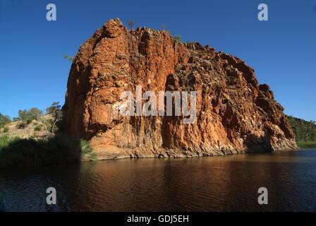glen helen gorge outback landschaft wasserloch landschaften northern territory central. Black Bedroom Furniture Sets. Home Design Ideas