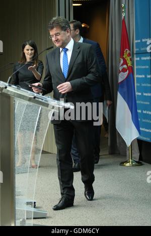 Brüssel, Belgien. 18. Juli 2016. Pressekonferenz nach der Regierungskonferenz mit Serbien, Miroslav Lajcak. Bildnachweis: Leonardo Hugo Cavallo/Alamy Live-Nachrichten