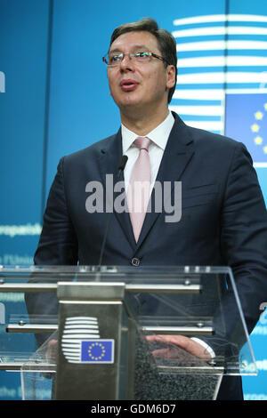 Brüssel, Belgien. 18. Juli 2016. Pressekonferenz nach der Regierungskonferenz mit Serbien, Aleksandar Vucic. Bildnachweis: Leonardo Hugo Cavallo/Alamy Live-Nachrichten