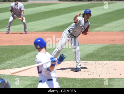 Chicago, Illinois, USA. 16. Juli 2016. Yu Darvish (Rangers) MLB: Yu Darvish der Texas Rangers ruft Ben Zobrist der - Stockfoto