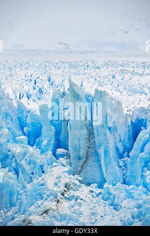 Geographie/Reisen, Argentinien, Patagonien, Santa Cruz, El Calafate, Perito Moreno Gletscher und seracs, Additional - Stockfoto