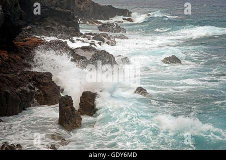 Geographie/Reisen, Spanien, lavaküste, Surf, Garachico, Teneriffa, Kanarische Inseln, Additional-Rights - Clearance - Stockfoto