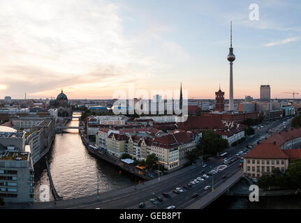 Berlin Panorama Abend - Stockfoto