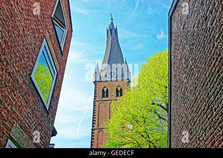 St. Lambertus Basilica in der alten Stadt Zentrum von Düsseldorf in Deutschland. Es ist die Hauptstadt der Region - Stockfoto