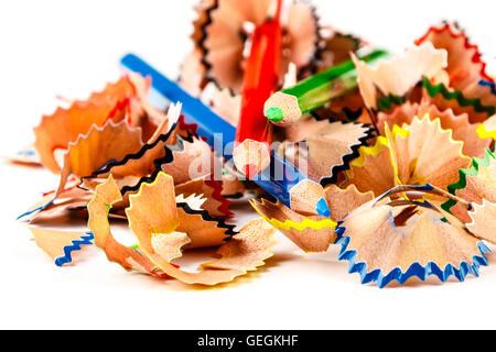 Farbstiften Späne mit Stifte Farbe. Horizontales Bild. - Stockfoto