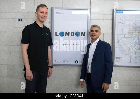Londoner Bürgermeister Sadiq Khan enthüllt Southwark u-Bahnstation ist Teil einer Kampagne, Besucher sagen, dass - Stockfoto