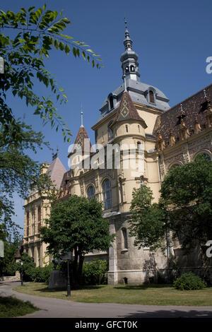 Ungarische Landwirtschaftsmuseum, südlichen Teil der Burg Vajdahunyad - Stockfoto