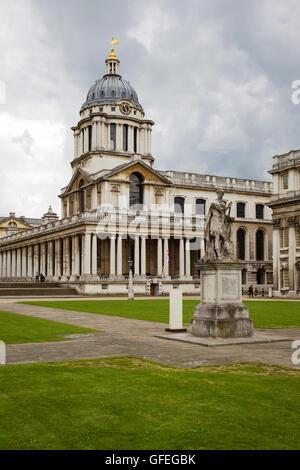 Die ehemalige Royal Naval College Greenwich, früher Greenwich Hospital und jetzt Teile davon dienen als Bildungseinrichtung - Stockfoto