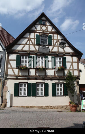 Altes fachwerkhaus 18 jahrhundert kirchstrasse stra e 9 for Traditionelles deutsches haus