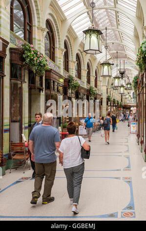 Die Royal Arcade in Norwich, Norfolk, England, Großbritannien, Großbritannien - Stockfoto