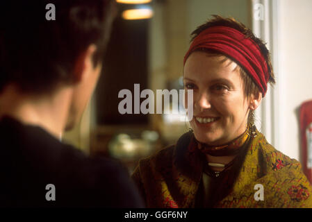 ÜBER A BOY ODER: DER TAG DER TOTEN ENTE / About A Boy USA 2002 / Paul & Chris Weitz Fiona (TONI COLLETTE) Regie: - Stockfoto