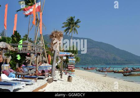 Strandbar auf der Insel Lipe, Andamanensee, Süd-Thailand, Thailand, Asien - Stockfoto