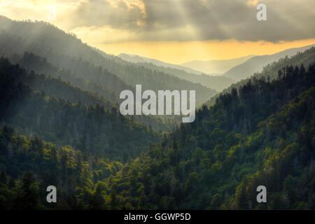 In der Nähe von Sunset im Morton's Übersehen unter Newfound Gap an der Grenze von Tennessee und North Carolina. - Stockfoto