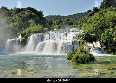 Geographie/Reisen, Kroatien, Wasserfall Skradinski flach, Krka Nationalpark, zhupa Sibenik-Knin, Dalmatien, Additional - Stockfoto