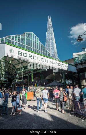 Blick auf die Scherbe vom Borough Market in SE London, Großbritannien - Stockfoto