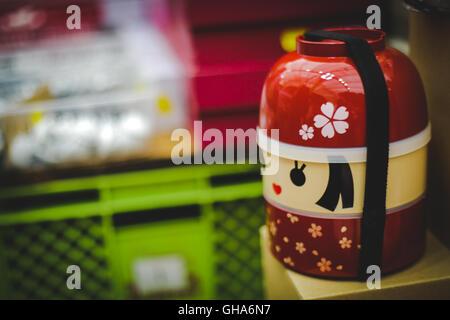 kokeshi puppen in japan stockfoto bild 22319530 alamy. Black Bedroom Furniture Sets. Home Design Ideas