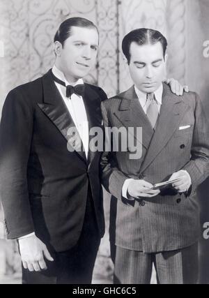 """Links: die berühmten argentinischen Tango Sänger CARLOS GARDEL (1890-1935), Bild aus dem Musik-Dokumentarfilm: """"Historia - Stockfoto"""