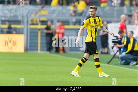 Dortmund, Deutschland. 13. August 2016. Dortmunder Marco Reus verlassen nach der Teampräsentation von Borussia Dortmund - Stockfoto