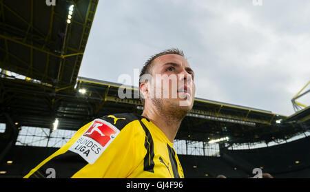 Dortmund, Deutschland. 13. August 2016. Dortmunds Mario Goetze nach der Teampräsentation von Borussia Dortmund im - Stockfoto