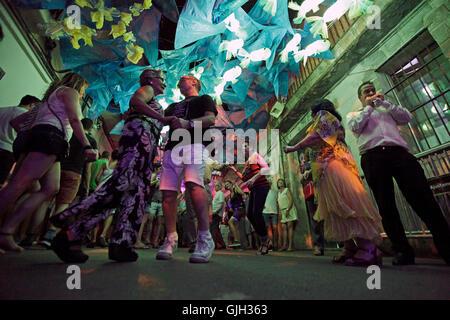 Barcelona, Spanien. 16. August 2016. Barcelona. Katalonien Spanien. Nachtschwärmer bei der Festa Major de Gràcia - Stockfoto