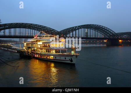 Köln Rhein Weihnachten - Stockfoto