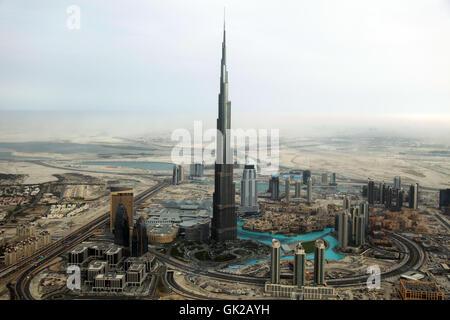 Burj Khalifa in Dubai aus der Luft - Stockfoto