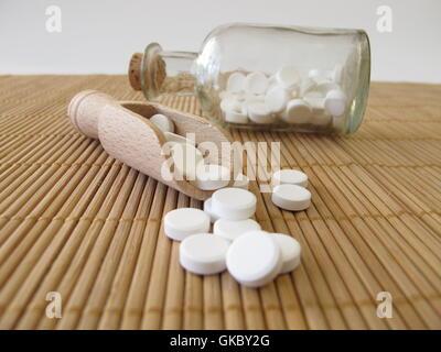 Salze mit kleinen hölzernen Schaufel - Stockfoto