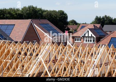 Entwicklung neuer Build befindet sich kurz vor dem Abschluss in Buckshaw Village, in der Nähe von Chorley, Lancashire, - Stockfoto