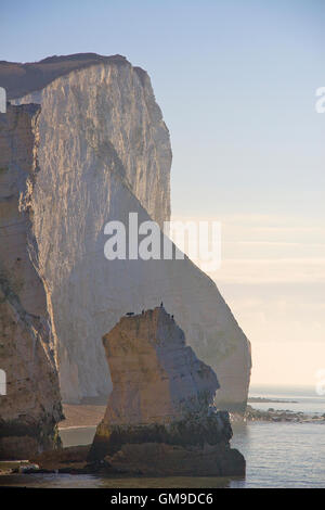 Seaford Head und Splash Point an einem hellen Wintermorgen - Stockfoto