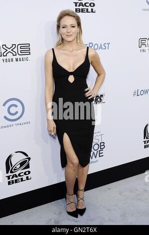 Los Angeles, CA, USA. 27. August 2016. Juwel im Ankunftsbereich für Comedy Central Roast von Rob Lowe, Sony Studios, - Stockfoto