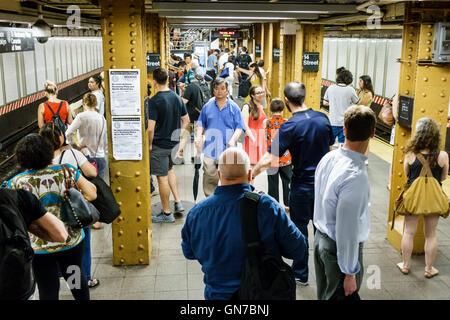 Manhattan New York City NYC New York Midtown 14. Straße-Union Square u-Bahn MTA öffentlichen Verkehrsmitteln s-Bahn - Stockfoto
